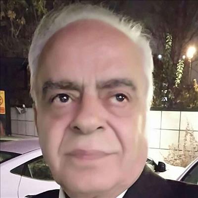 دکتر حسین مشتاق متخصص داخلی